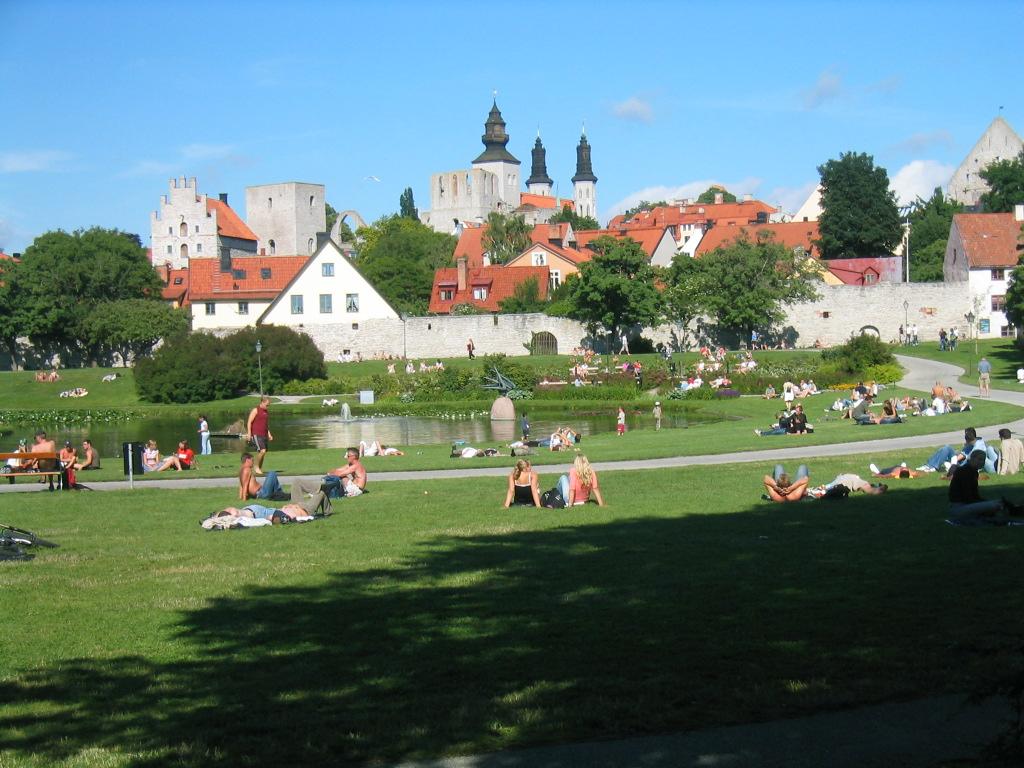 Kaupungin puisto Visby Gotlanti.