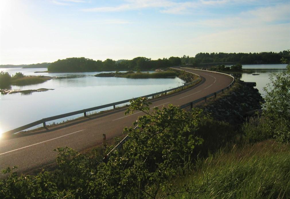 Saaristotie Brändöössä.